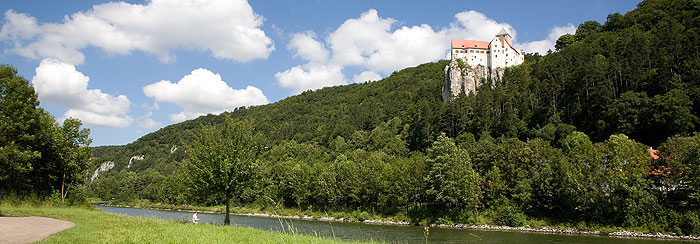 Picture: Prunn Castle in the Altmühl river valley